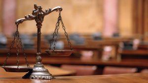 ترازوی-عدالت-احسان-گودری-وکیل-پایه-یک-دادگستری